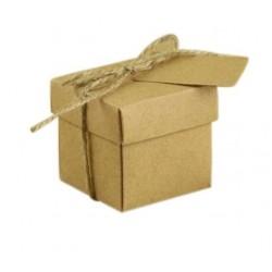 Квадратна крафт кутийка за декориране - 5 х 5 х 5см + връвка канап и таг