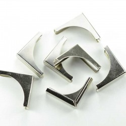 Метални ъгълчета за скрапбук албуми - сребро - 20x20mm - 12бр.