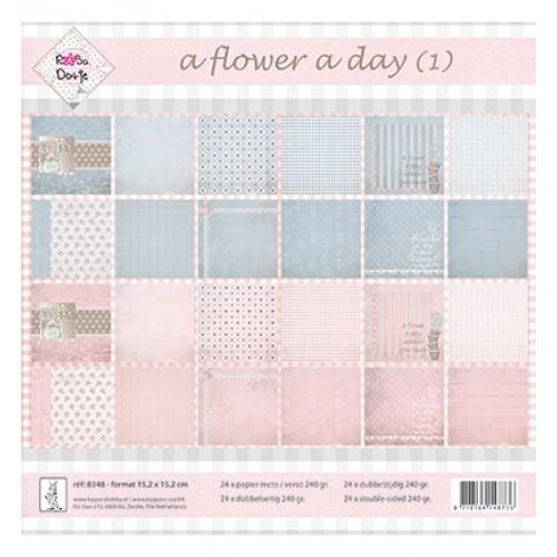 Блокче дизайнерска хартия 15.2 x 15.2см., 250гр.- Rosa Dotje -  A Flower a Day - Blauw/Roze