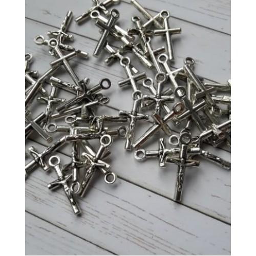 Кръстчета с Христос, 10х20 - сребро - 50бр.