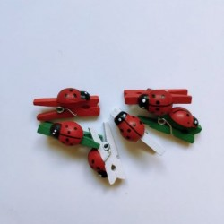 Мини дървени щипчици - бели, зелени и червени с калинки - 6 бр. - 25мм