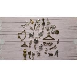 Декоративни метални елементи - дамски сет - 34бр.