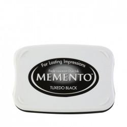 Детайлно наситено черно мастило - Tsukineko - Memento ink pad Tuxedo black