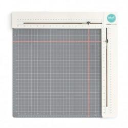 Подложка с лазерни оразмерители - We R Memory Keepers tool laser square & mat