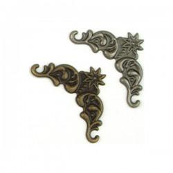 Декоративни метални ъгълчета - 8бр. по 4 бр. в сребро и злато - Scrapbook basics corner 8 pcs.