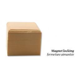 Квадратна дървена кутийка 6 х 6 х 5см, закопчаване с магнит - Wood poplar box magnet 6x6x5cm
