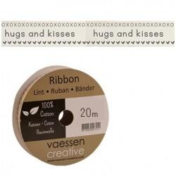 Панделка с принт - Ribbon 15mm ENG hugs and kisses - 1 метър