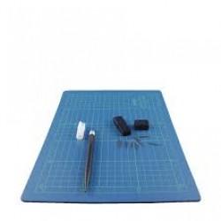 Самовъзстановяваща се подложка и крафт скалпел с резервни ножчета - Cutting pad set 22x30 cm. + cutter