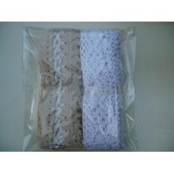 Комплект от 2 бр. памучни дантели - широчина около 3,5-4,5см, дължина - 3-4метра